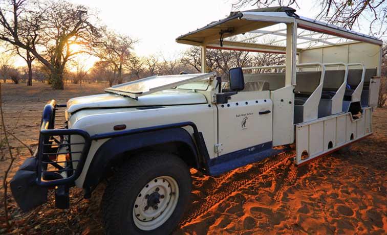 Fotoreise-Fotosafari-Botswana-Afrika-Benny-Rebel-Car-001
